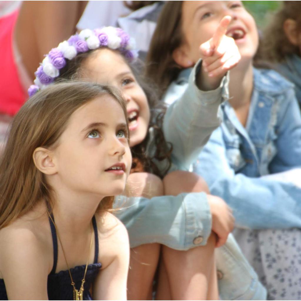 children's entertainer London UK